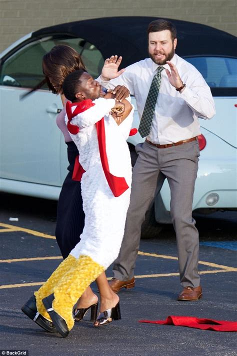 kevin hart ged kevin hart is dresses as chicken for night school shoot