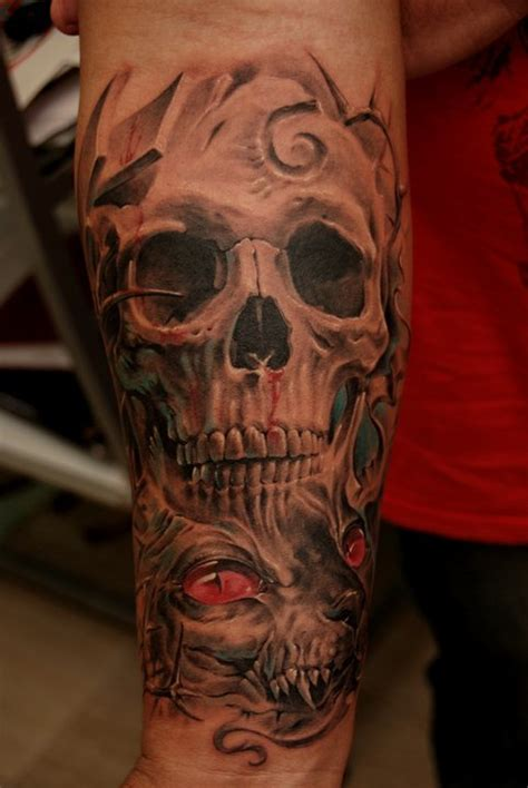 Grey And White 3d Skull Tattoo Design Cool Black And Gray Tattoos