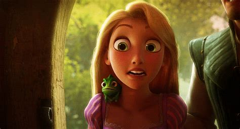 imagenes de rapunzel llorando all things disney gifs