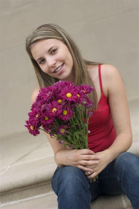 fiore della bellezza donna fiore fotografia stock immagine di bellezza