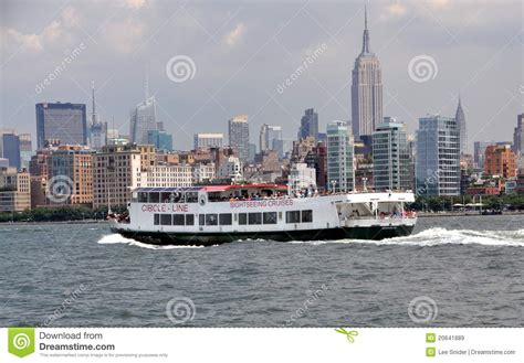 circle boat tours nyc nyc circle line tour boat and skyline editorial stock