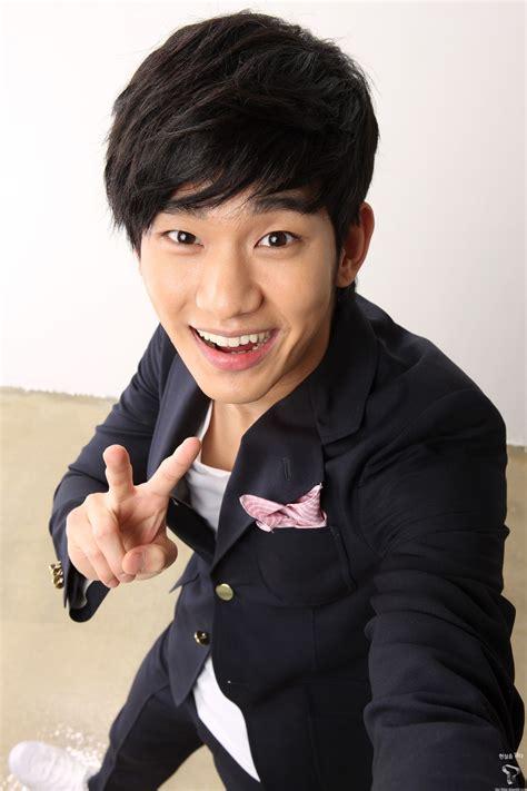 kim soo hyun kim soo hyun s style for galaxy kim soo hyun pinterest