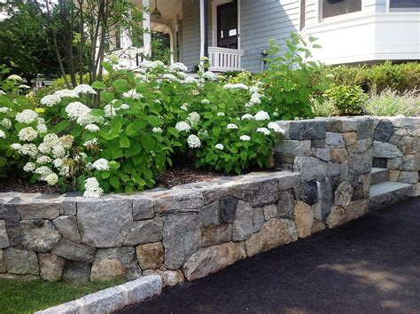 Landscaping Ideas For Retaining Walls Ideas For Garden Walls