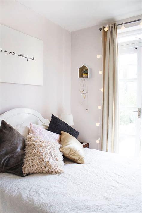 string lights in bedroom bedrooms pinterest 25 best ideas about string lights on pinterest room