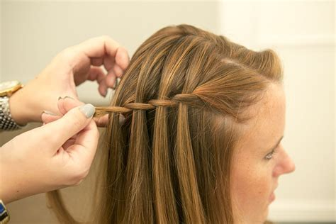 model kepang rambut dutch side braid hairstyle tutorial 20 waterfall braid tutorials adding beautiful twists and