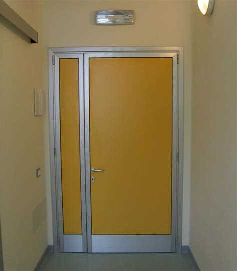 porte interne produzione scaligera serramenti serramenti civili ed industriali