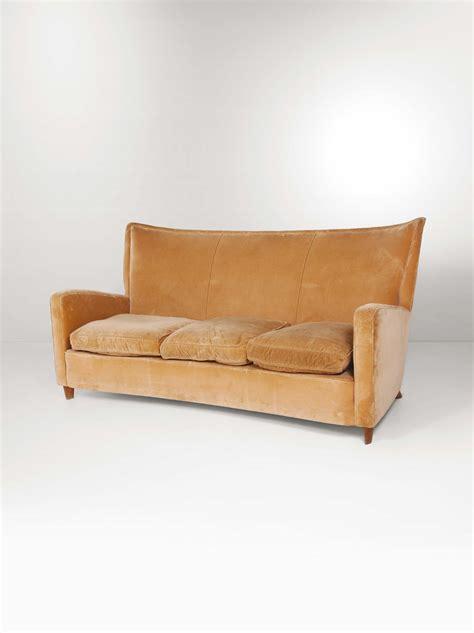 struttura divano divano con struttura in legno e rivestimento in tessuto