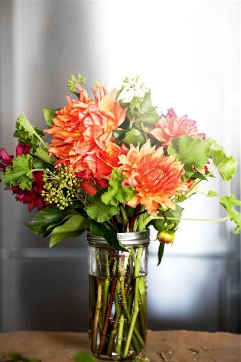 flower arranging class fall flower arranging class with la fleur garcon fall