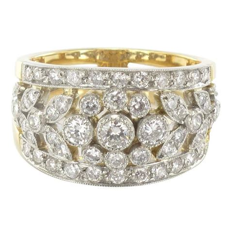 I Ring Mica Motif new floral motif gold band ring for sale at