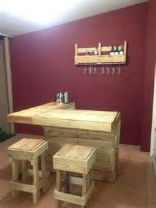 comptoir de bar construit avec palettesmeuble en palette
