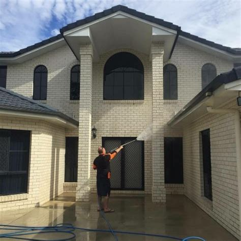 house insurance brisbane house washing brisbane exterior soft house wash cleaning experts