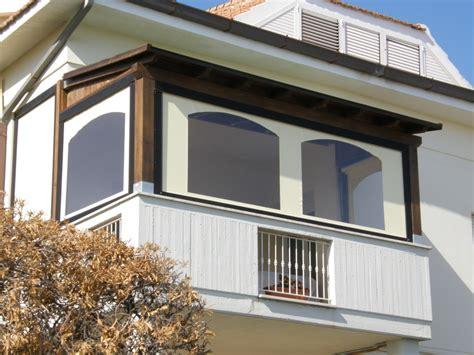 chiudere un terrazzo chiudere terrazzi e balconi con tende invernali idee