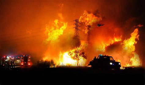 flame tornado l 2012 nsw bushfire season bush fires pinterest