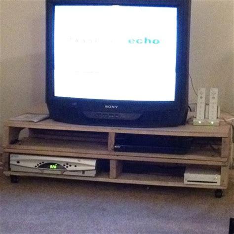 diy pallet tv stand plans  woodworking