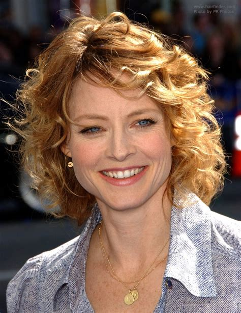 Jodie Foster   Medium length hair with large and medium size curls