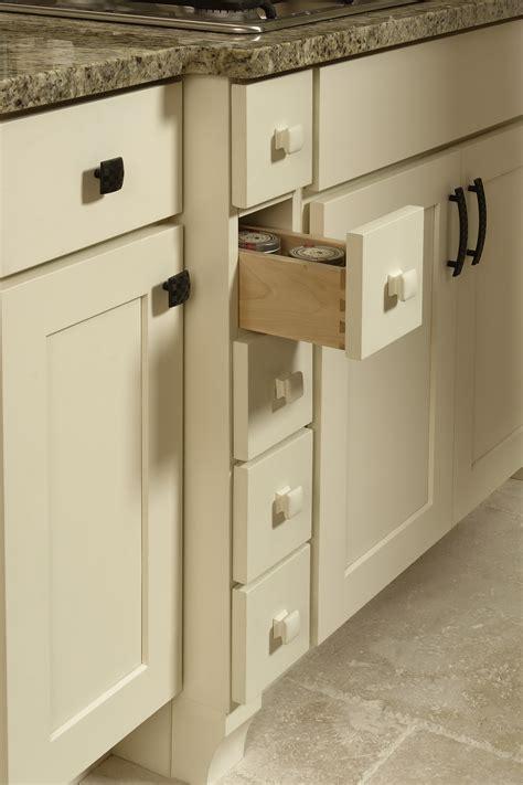 rockford contemporary cabinet door cliqstudios