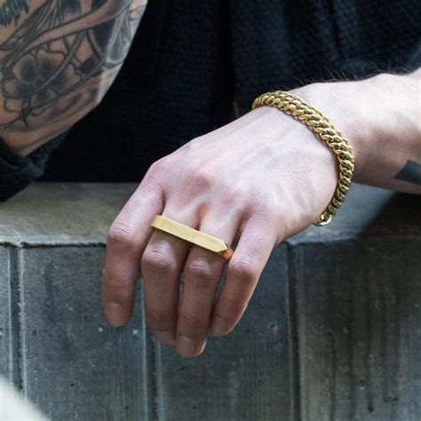 Right Ring Fashion 2 by Right Rings For Cool And Funky Rings Must Try
