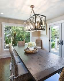 Lighting For Dining Room by Best 25 Dining Room Chandeliers Ideas On Pinterest