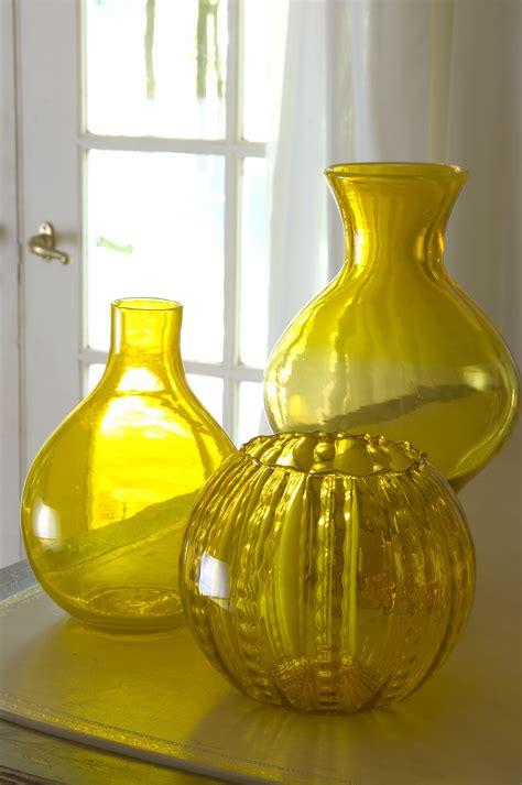 vaas interieur gele vazen voor op tafel interieur wonen