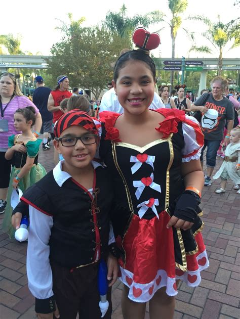 here are some costumes from mickeys halloween party at frightfully fun family tips for mickey s halloween party