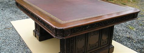 Resolute Boardroom Table   The Resolute Desk