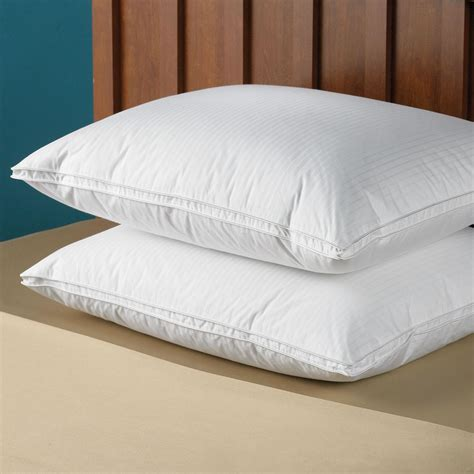 The Pillow by The Superior Goose Pillow Soft Density Hammacher