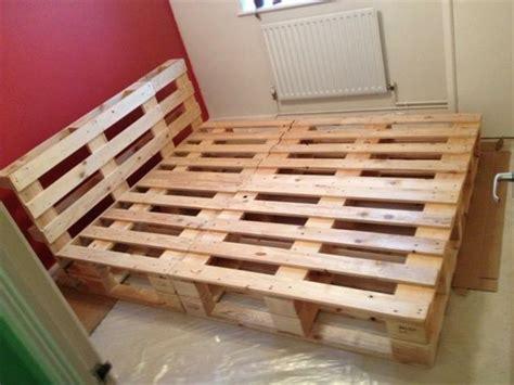 Bett Bauen Einfach by Bett Selber Bauen Einfach Rheumri