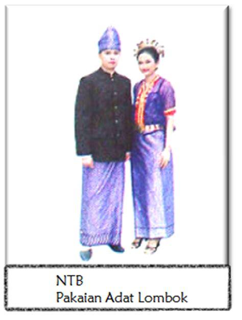 Baju Adat Ntt rully komenk kliping macam macam pakaian adat di indonesia