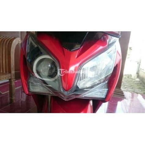 Lu Projector Vario Techno honda vario techno 125 fi tahun 2012 warna merah surat