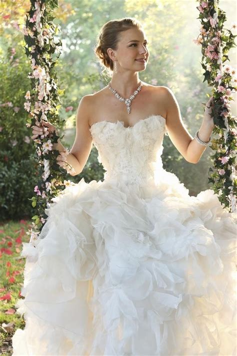 revenge emily vanc wedding revenge wedding pictures for emily and daniel popsugar