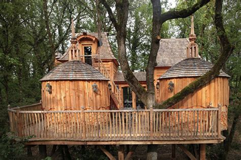 coolest treehouse in the world the 20 coolest treehouse hotels in the world hiconsumption