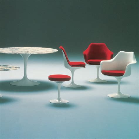 buy the knoll tulip chair at nest co uk saarinen tulip armhair knoll shop