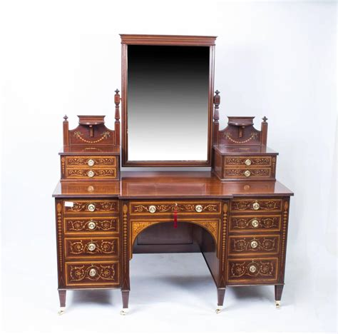 Antique Maple Bedroom Furniture Antique Bedroom Suite Maple And Co Circa 1880 At 1stdibs