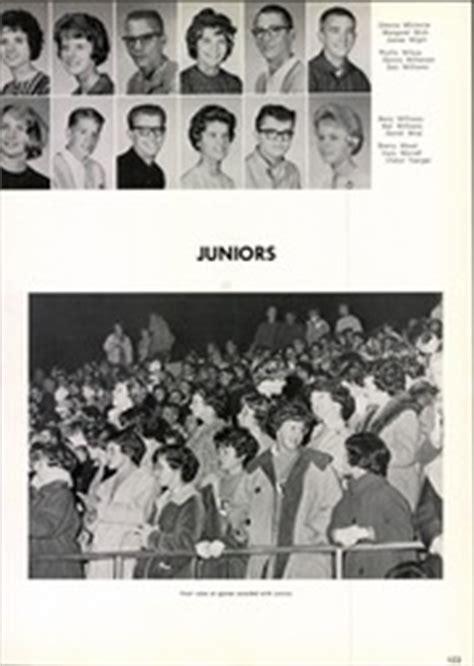 eisenhower high school reveille yearbook yakima wa