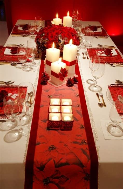 christmas table layouts using versatile pieces