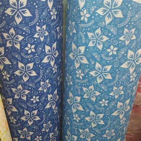 Batik Biru Tua wallpaper dinding motif batik kupu biru tua dan muda