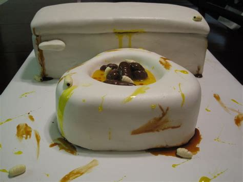 Would You Eat A Toilet Cake by Best 20 Gross Cakes Ideas On Brain Cake