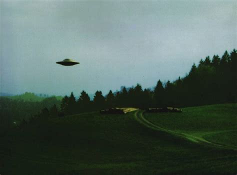 Ufo L l ufo svizzero e gli universi paralleli nuovasociet 224