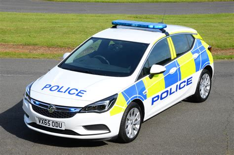 Opel Uk by All New Vauxhall Quot Arresting Quot Astra K Enters Service