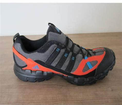 Sepatu Adidas Running Asli harga sepatu sport adidas asli