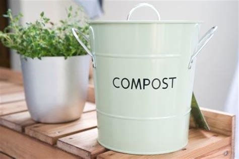 Best Kitchen Compost Bin by 5 Tips For An Environmentally Friendly Kitchen Comfree