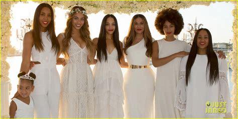 Beyonce, Jay Z, & Blue Ivy Make Funny Faces at Tina