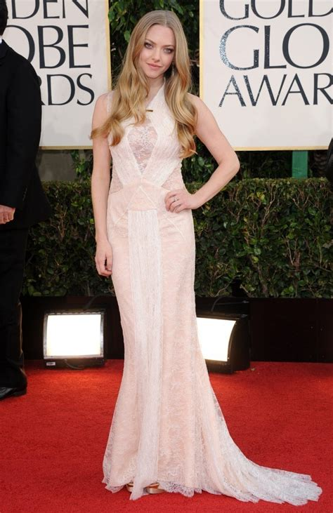 Dress Amanda amanda seyfried evening dress amanda seyfried looks