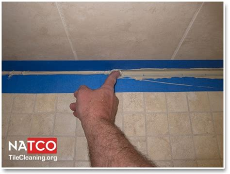 easiest way to caulk a bathtub 10 best re caulking shower images on pinterest tile