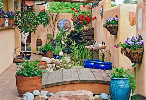 Ideas For Small Backyard Spaces Small Space Garden Ideas