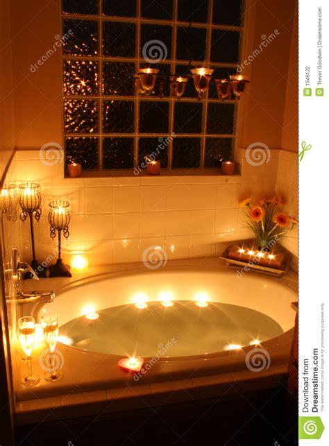 candele bagno bagno di lume di candela fotografia stock immagine 1946122