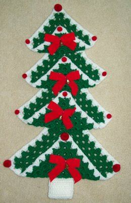 granny christmas tree pattern christmas in july it s a granny square chrismas free