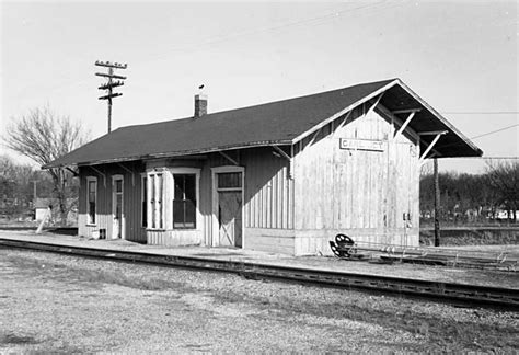carl junction missouri depot the frisco a look back