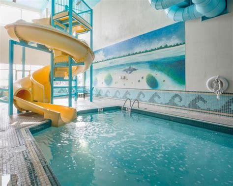 does the comfort inn have a pool indoor pool with water slide picture of comfort inn