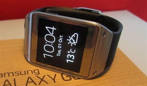 samsung galaxy gear smartwatch weather update android which samsung gear smartwatch should you buy